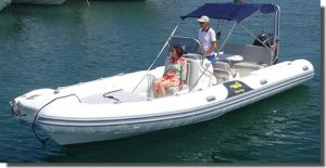location-bateau-moteur-semi-rigide-hyères-samuray-850