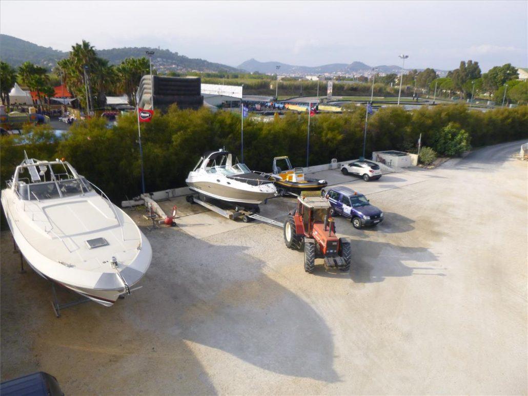 stationnement-entreposage-bateau-voilier-semi-rigide-hyeres-var-83